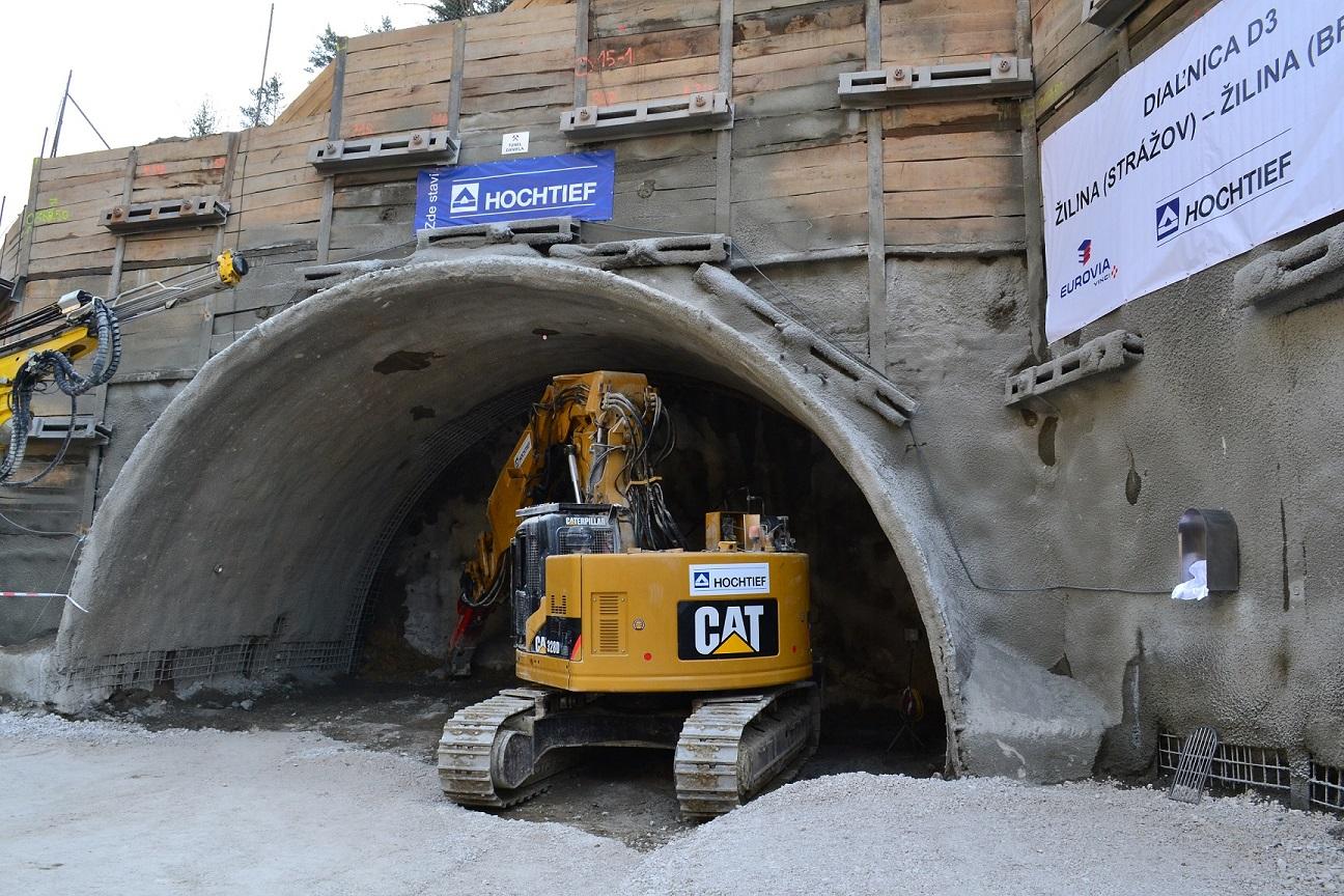 Diaľničný tunel Považský Chlmec sa bude naraz raziť štyrmi smermi ... 448b92b8d62
